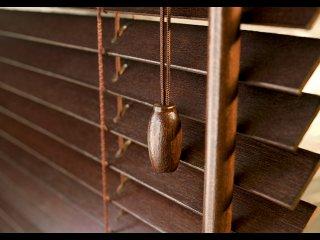 Dřevěné a bambusové žaluzie 25 a 35 mm